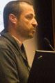 Samuel Pouplin, ergothérapeute au sein de la Plateforme nouvelles technologies de l'Hôpital Raymond-Poincaré à Garches
